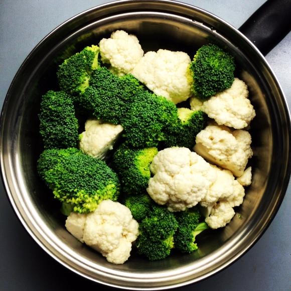 Mit iCook können alle möglichen Speisen in einem Topf zubereitet werden, ohne voneinander den Geschmack anzunehmen. Geht auch mit Fenchel, Fisch, Lauch etc.